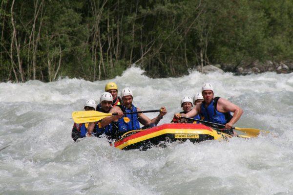 Canyoning und Rafting in der Wildwasserarena Mölltal