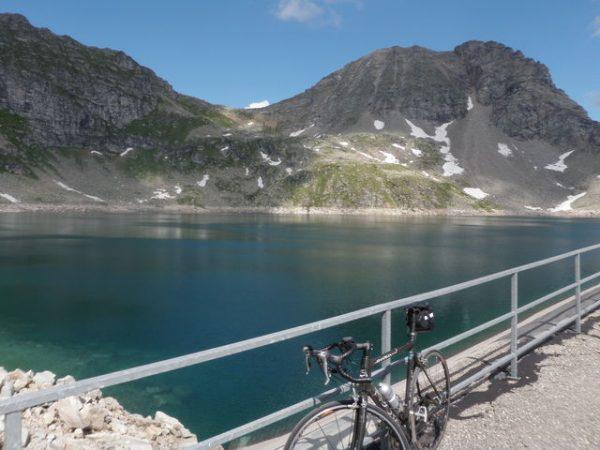 Rennrad und Mountainbike am Wurtensee Mölltaler Gletscher
